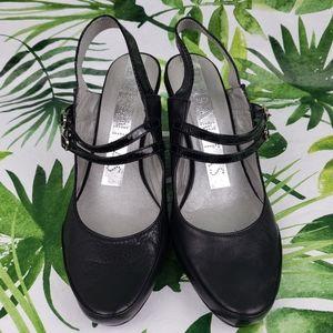 - Hispanitas slingback heels closed toe 6.5